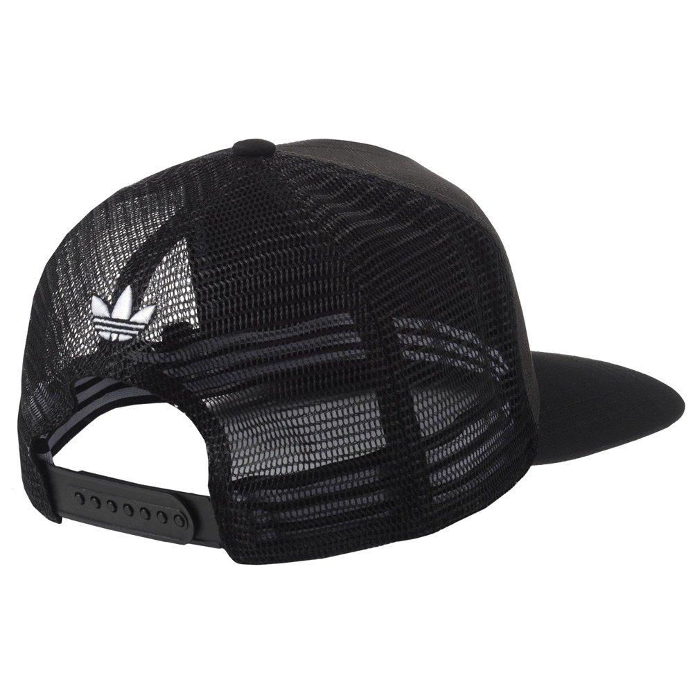 Początkowo czapki z tekturowym daszkiem wypadało nosić jedynie chłopcom. Dopiero później zaczęli po nie sięgać również mężczyźni. Jednak przełomowym momentem w historii tych czapek okazała się chwila, gdy daszki zagościły na boiskach baseballowych.